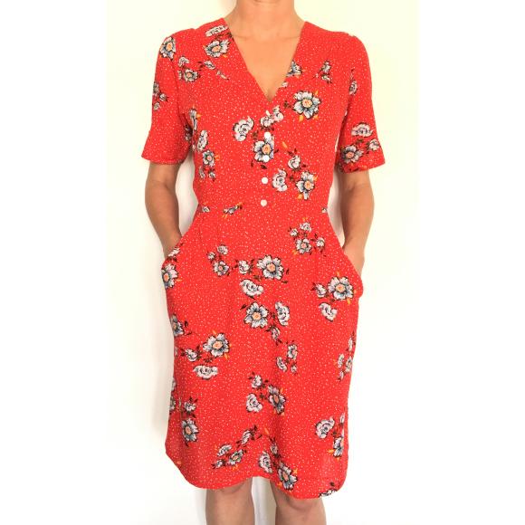 Dress 553 - Cute Tea Dress - Red Spotty Daisy - MODEL